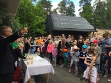 Nya ökenhuset i Parken Zoo invigt – prova på att vara en surikat