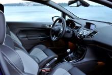 A Ford Fiesta ST ezentúl ötajtós karosszériával is kapható; a még praktikusabb autó változatlanul kategória első teljesítményt kínál