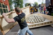 Nu kommer den första containern med 1001 Inventions till Värmlands Museum