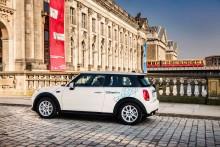 BMW Group och Daimler AG enas om att kombinera mobilitetstjänster.