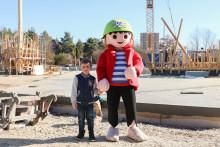 Piraten-Fan besucht Baustelle im PLAYMOBIL-FunPark
