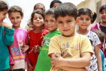 Riksbyggen skänker 100 000 kronor till Rädda Barnen