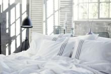 Sov sött i stilrent sänglinne