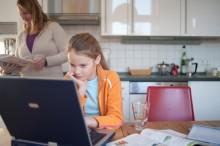 Hilfe bei Schulstress und Leistungsdruck in der Grundschule: Sicher lernen mit dem Onlineportal LernCoachies.de