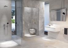 Två av tre tar hjälp för att renovera badrummet