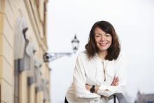 Strawberry Publishing AB köper Lucinda Rileys förlag Bazar i Sverige