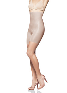 Det amerikanska shapewear‐fenomenet SPANX exklusivt på NK.