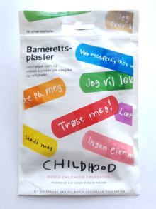Clas Ohlson og Childhood lanserer plaster som leger mer enn bare et sår