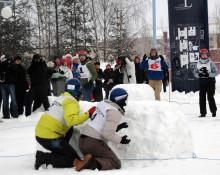 Backyard Porsön vann snöbollskriget vid LTU i Luleå
