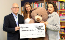 Spende statt Weihnachtspräsente - Bärenherz erhält 5.000 Euro von der Friedrich Scharr KG