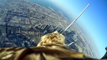 Action Cam Mini von Sony: Partner beim Weltrekordflug eines Adlers vom höchsten Gebäude der Welt