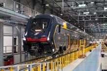 Rock: il nuovo treno regionale di Trenitalia esce dalla fabbrica Hitachi Rail di Pistoia