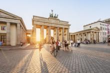 DERFOR ELSKER VI BERLIN...