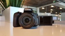 The Canon PowerShot SX70 HS features a powerful 65x fixed lens zoom with DSLR-style looks and true portability