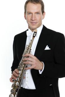 Säsongspremiär med stråkar och saxofon