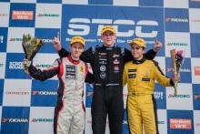 Lappalainen höll undan till seger i Formel Renault 1,6
