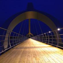 Fox Design levererar belysning till Europas längsta gång- och cykelbro.