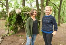Arkitekturpedagoger  håller ekologisk byggworkshop