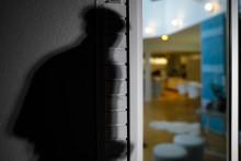 Asuntomurto voi jättää pysyvän arven: Enemmistö murron kokeneista kokee kotinsa turvattomaksi – osa jopa pysyvästi