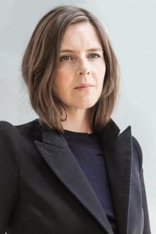 """Kristin Auestad Danielsen aktuell med romanen """"Vår vesle"""""""