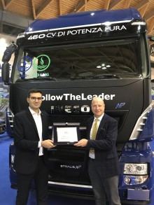 "STRALIS NP 460 kåret som ""Sustainable Truck of the Year 2019"""