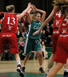 ​Louise Angel klar för Alvik Basket!
