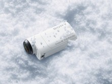L'aigle Freedom filme l'Ultra Trail du Mont-Blanc