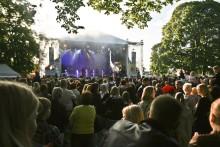 Nytt samarbete med ett kärt publikåterseende för RIX FM Festival och Eskilstuna.