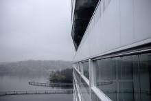 Glasigt brohus i Stockholm kan bli Årets Bygge
