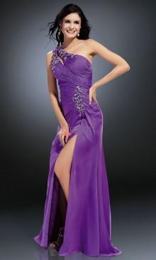 Balklänning och design för kortare tjejer
