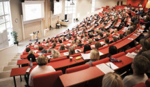 Fler 19-åringar i Trollhättan och Åmål väljer högskolestudier än riksgenomsnittet