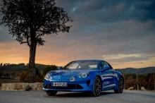 """Nya Alpine A110 har fått utmärkelsen """"Five-Star Car"""" av Autocar"""