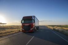 IVECO lancerer ny IVECO S-WAY: den 100% forbundne, chaufførorienterede langturslastbil