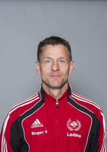 Roger Sandkvist, Sävar IK,  får Woody Ungdomsledarstipendiet 2012