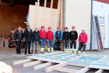Elever bygger Pitestuga till vänorten S:t Barth