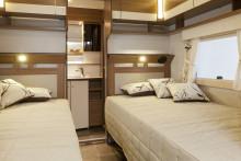 Stort badrum och jubileumspaket populärt hos Polar husvagnar