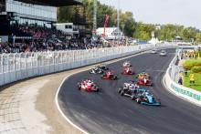 Estländsk dubbelseger i Formel Renault 1,6 på Solvalla