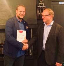 Kredittsjefen i Hertz vant Årets Kredittpris: - Alltid à jour!