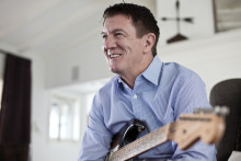 FENDER MUSICAL INSTRUMENTS CORPORATION APPOINTS ANDY MOONEY TO CEO