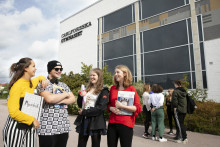 Ungdomar engageras inför EU-valet av bland annat talmannen