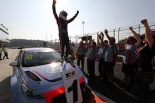 Hyundai i30 N TCR debuterar och glänser i TCR International