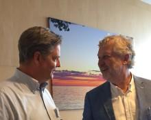 Bostadsminister Peter Eriksson besöker Skövdebostäder