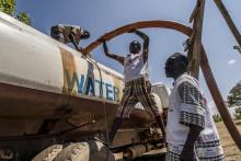 Världen sviker flyktingarna i Uganda