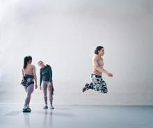 Premiär – Jump with me! av Rosalind Goldberg på Weld