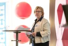 Kvinnor med spridd bröstcancer måste bli mer synliga - debatt i Almedalen