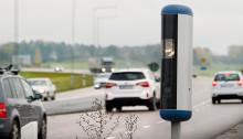 Hastigheten på svenska vägar för hög