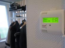 Fjärrmäter temperatur i lägenheter och sparar pengar