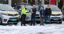 Tobias (26) og Amund (29) satser stort og rykket ut 5 nye biler