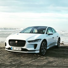 Jaguar I-PACE med i finalen om Car of the Year