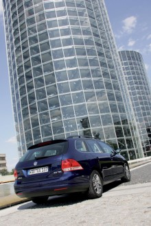 Volkswagen utökar Golf-programmet med nya Variant